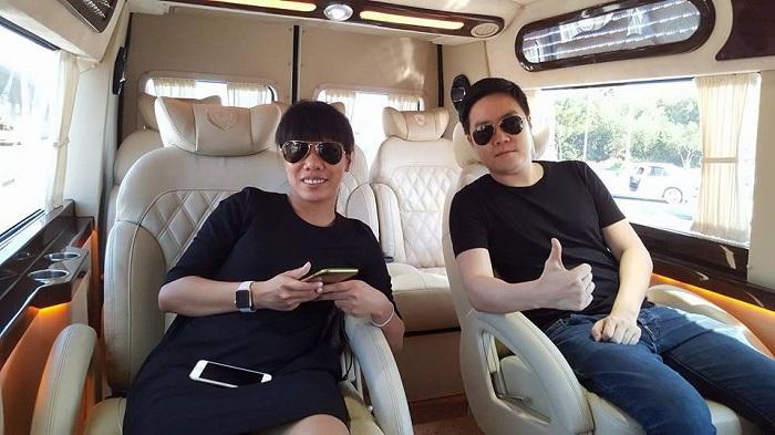 Vietnam luxury limousine car transfers