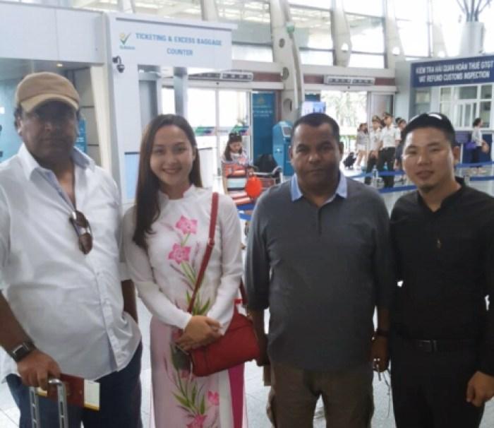 DANANG AIRPORT VIP CAR TRANSFER SERVICE