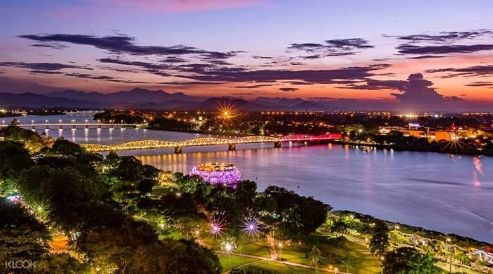 Hue Sunset on Perfume River