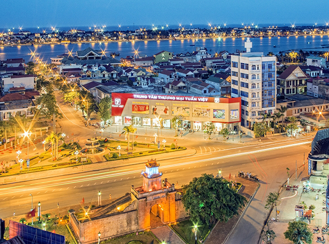 How to get from Da Nang to Dong Hoi