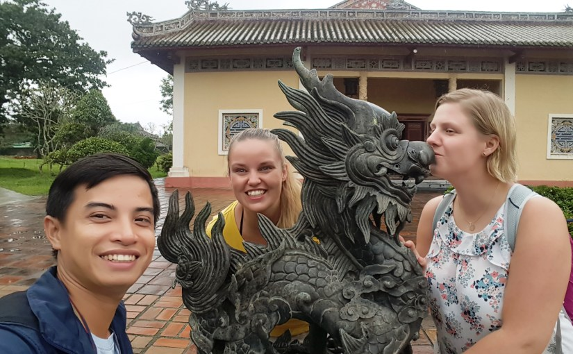 Hue City Group Tour- Deluxe Group Tour- Hoi An Private Car