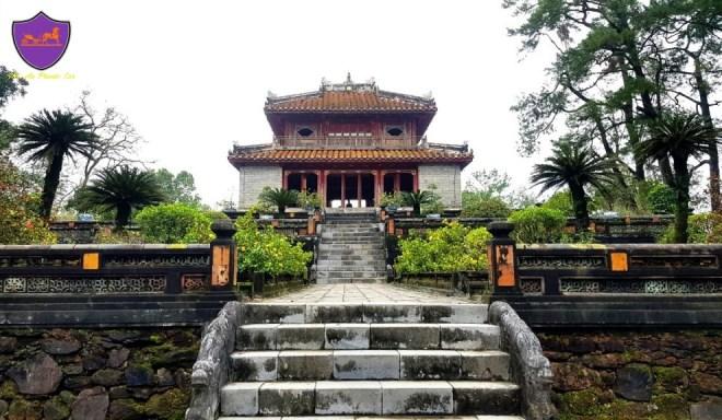 Hue-Royal-Tombs-Tour-Hoi-An-Private-Car-Travel
