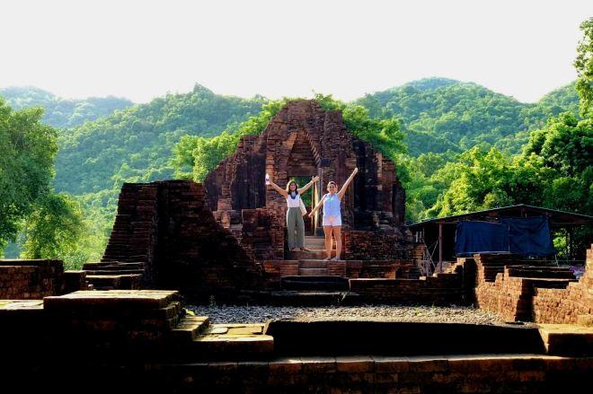Central-Vietnam-Tour-Package-5-Days-Hoi-An-Private-Car-Travel-Transport