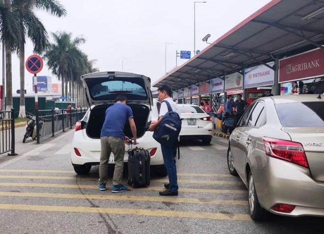 Noi Bai Airport to Hanoi
