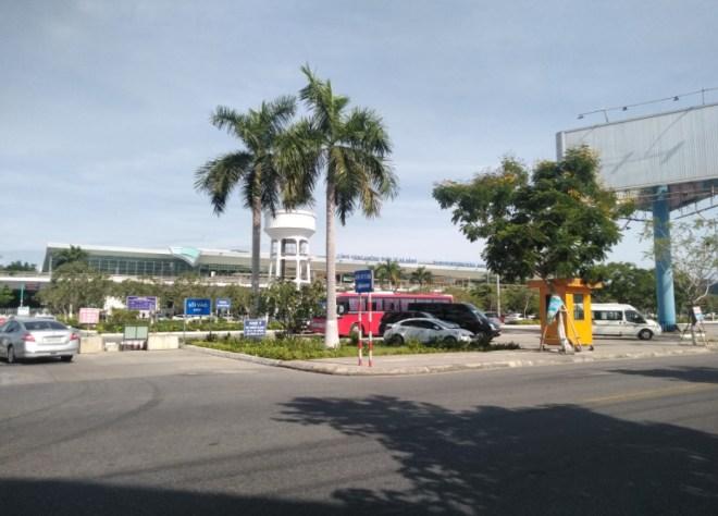 Da-Nang-Airport-To-Hoi-An-Transfer-Hoi-An-Private-Car-Travel-Transports