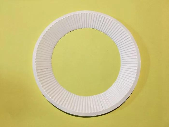 紙皿のメダルの作り方2