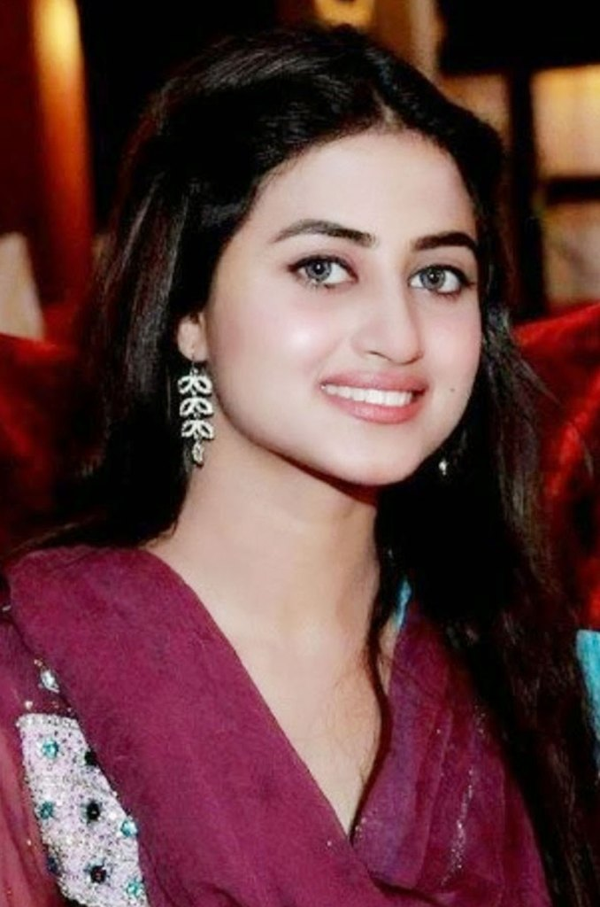 Sajal Aly Wiki, Age, Biography, Movies, and Beautiful Photos 105