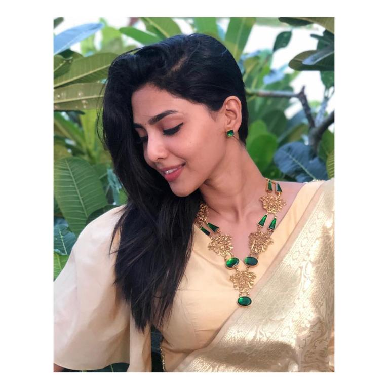 Aishwarya Lekshmi Wiki, Biography, Age, Boyfriend, and Beautiful Photos 160