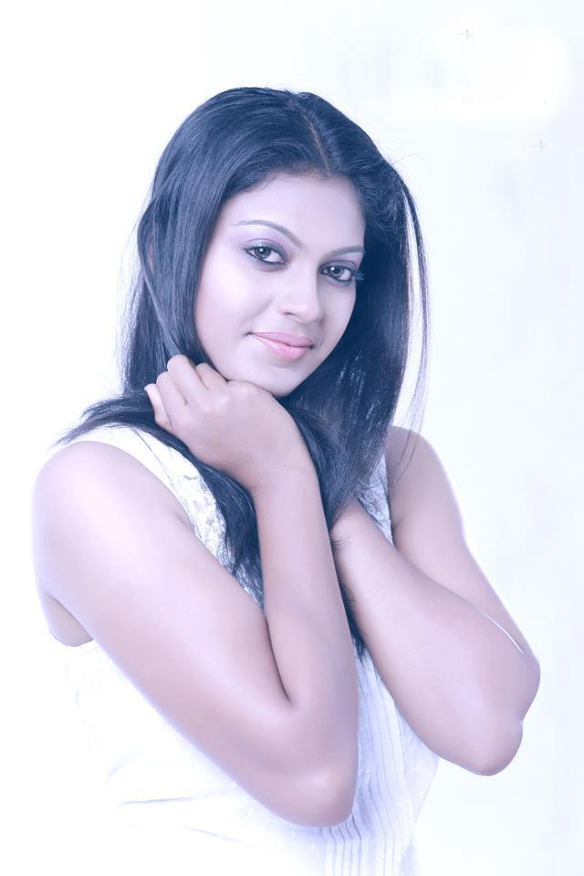 Anusree Wiki, Age, Biography, Movies, and Gorgeous Photos 145