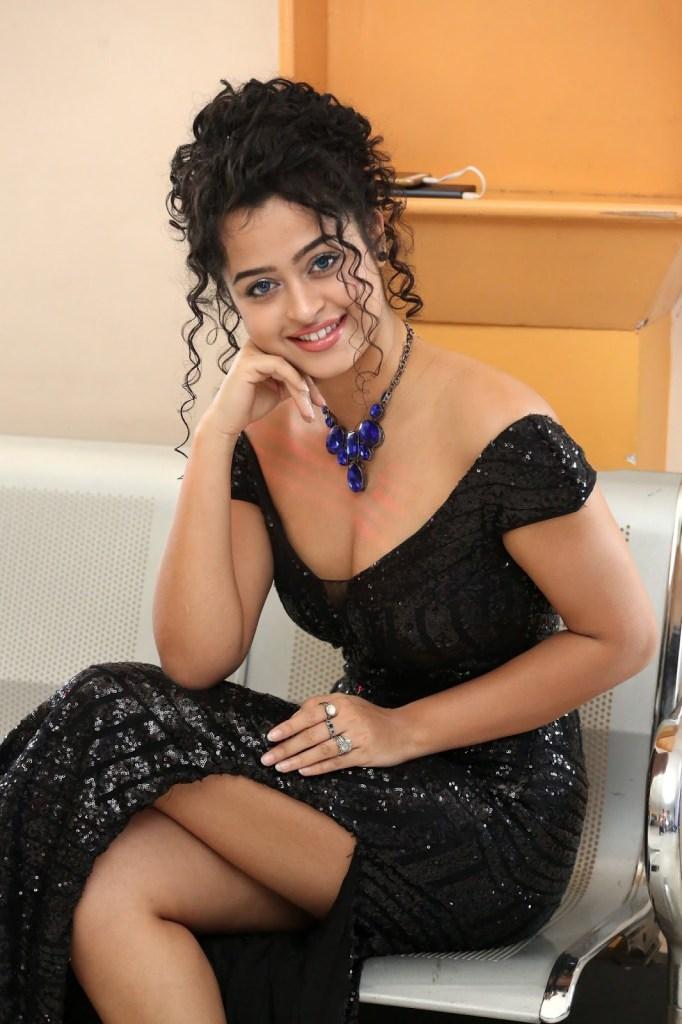 Anketa Maharana Wiki, Age, Biography, Movies, and Gorgeous Photos 122