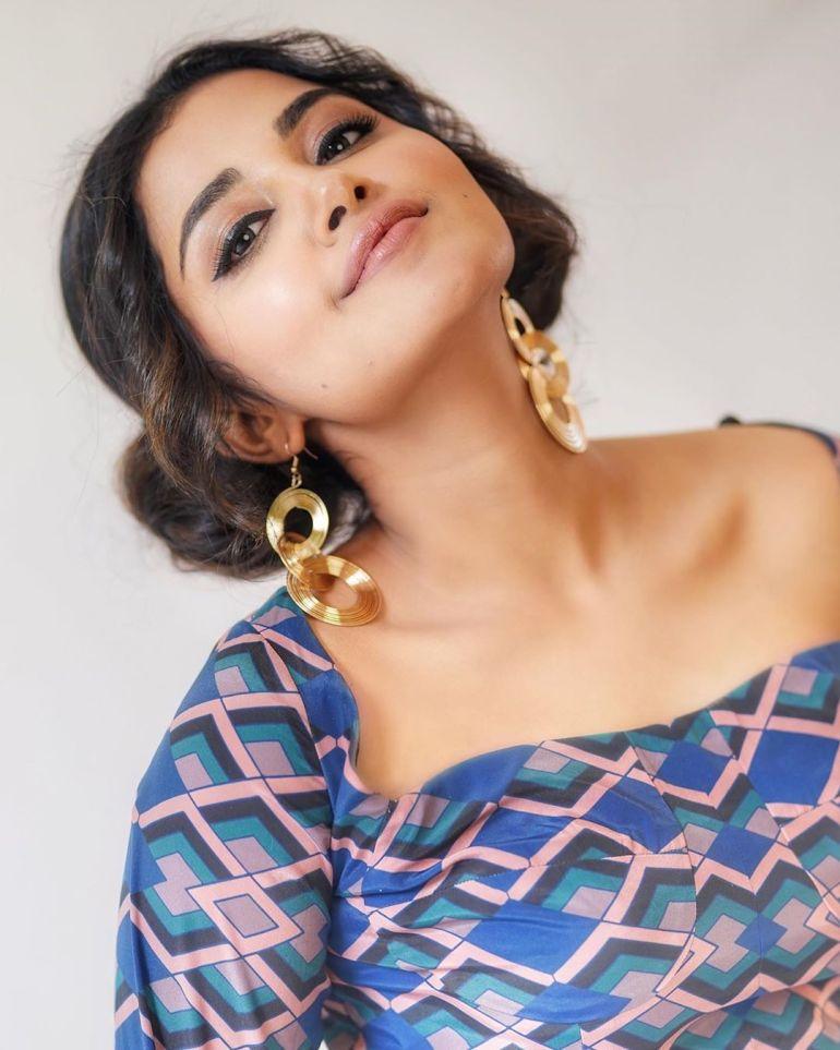 Anupama Parameswaran Wiki, Age, Biography, Movies, and Stunning Photos 112