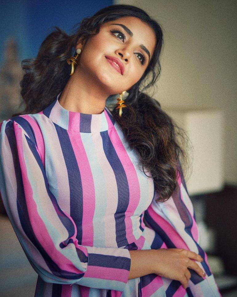 Anupama Parameswaran Wiki, Age, Biography, Movies, and Stunning Photos 115