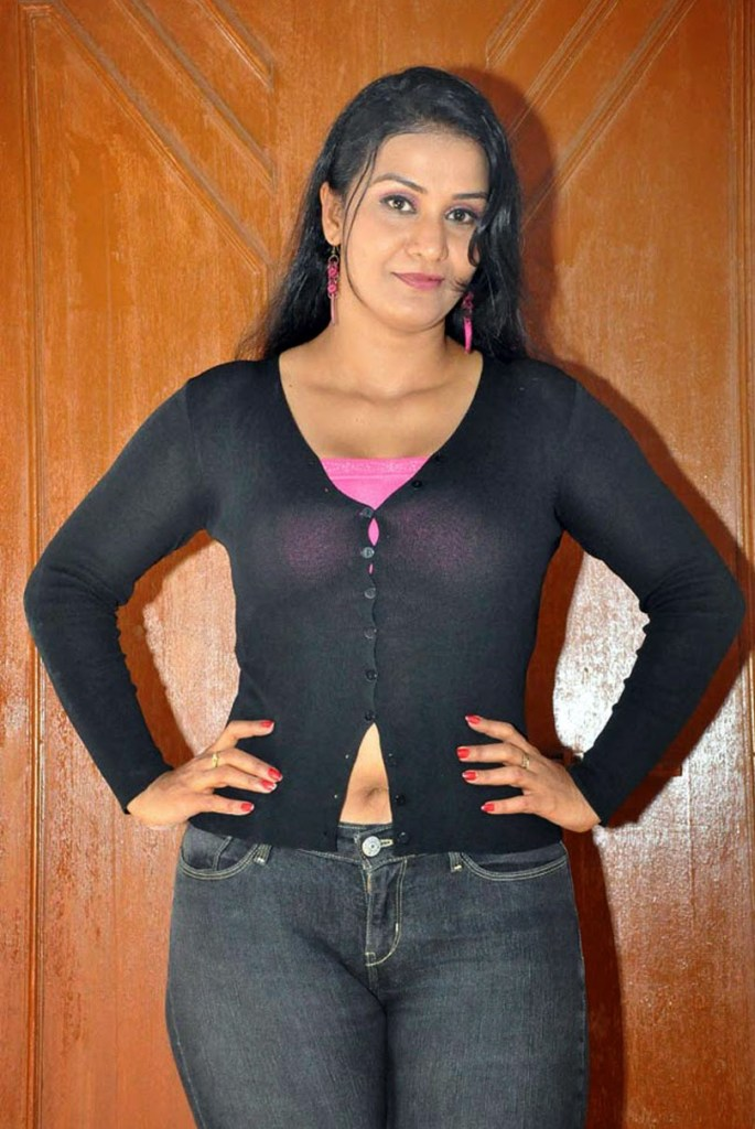 Apoorva Wiki, Age, Biography, Movies, and Gorgeous Photos 110