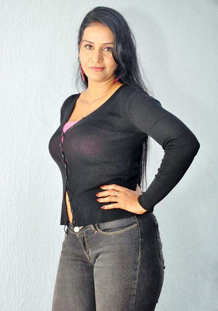 Apoorva Wiki, Age, Biography, Movies, and Gorgeous Photos 111