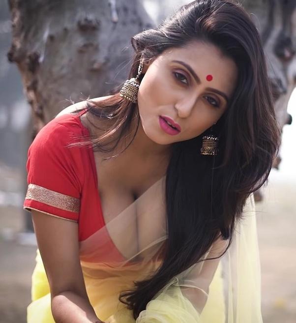 Bengali Model Priya Chakraborty Wiki, Age, Biography, Movies, and Beautiful Photos 117