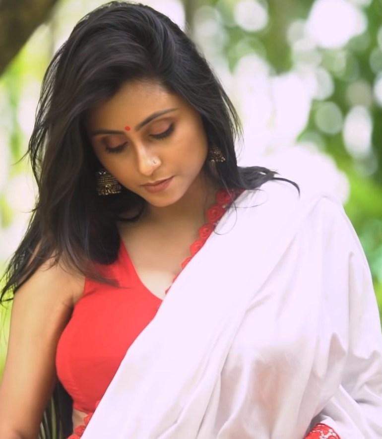 Bengali Model Priya Chakraborty Wiki, Age, Biography, Movies, and Beautiful Photos 121