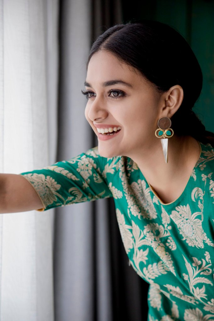 Keerthy Suresh Wiki, Age, Biography, Movies, and Gorgeous Photos 108