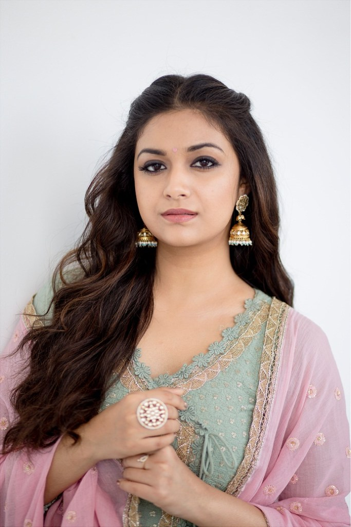 Keerthy Suresh Wiki, Age, Biography, Movies, and Gorgeous Photos 103