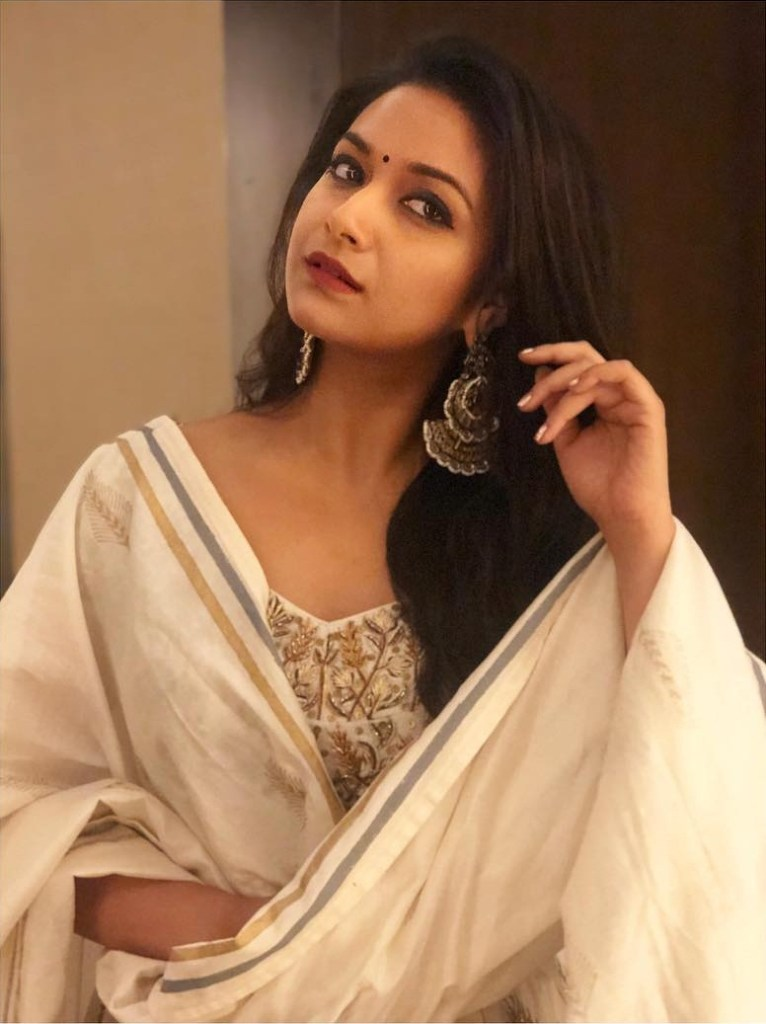 Keerthy Suresh Wiki, Age, Biography, Movies, and Gorgeous Photos 104