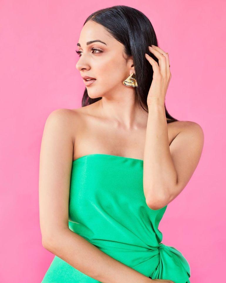Top 15 Beautiful Bollywood actress of 2021 126