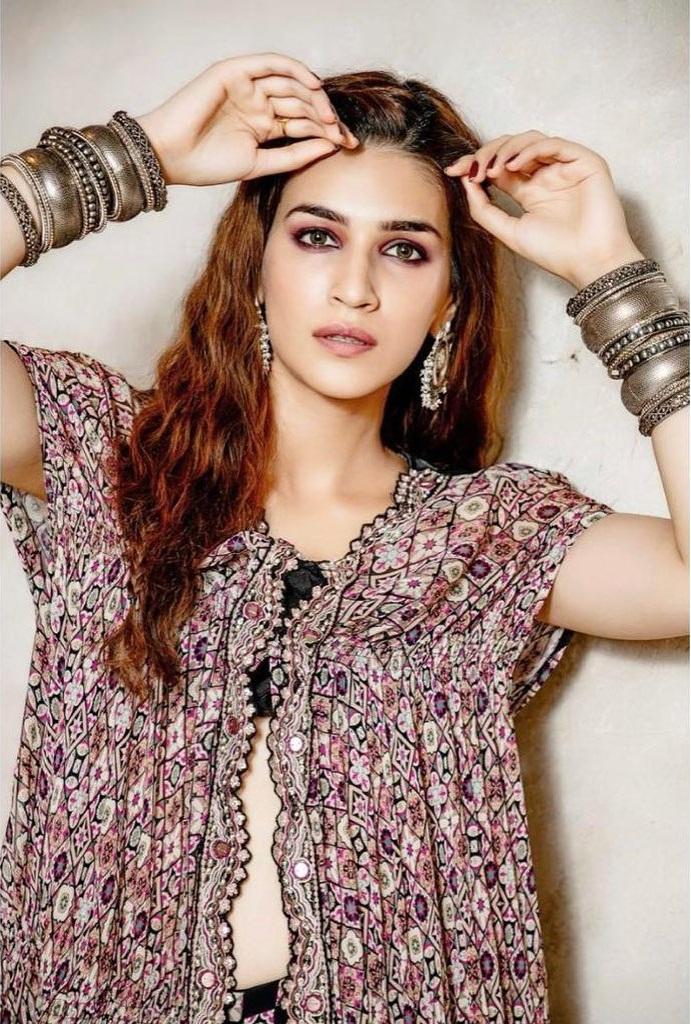 Top 15 Beautiful Bollywood actress of 2021 134