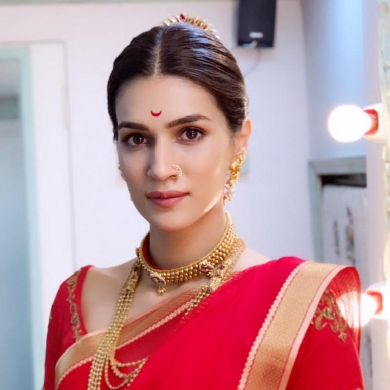Top 15 Beautiful Bollywood actress of 2021 136