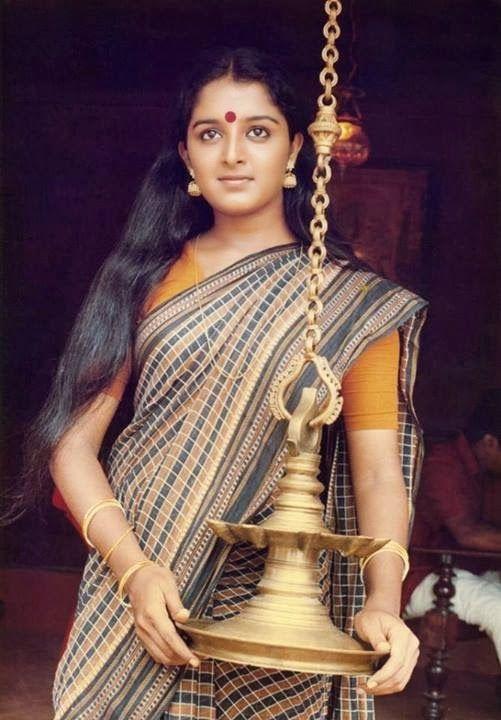 Manju Warrier Wiki, Age, Biography, Movies, and Beautiful Photos 130