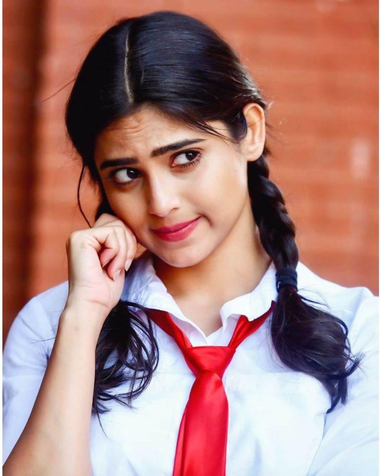 Naina Ganguly Wiki, Age, Biography, Movies, and Stunning Photos 114