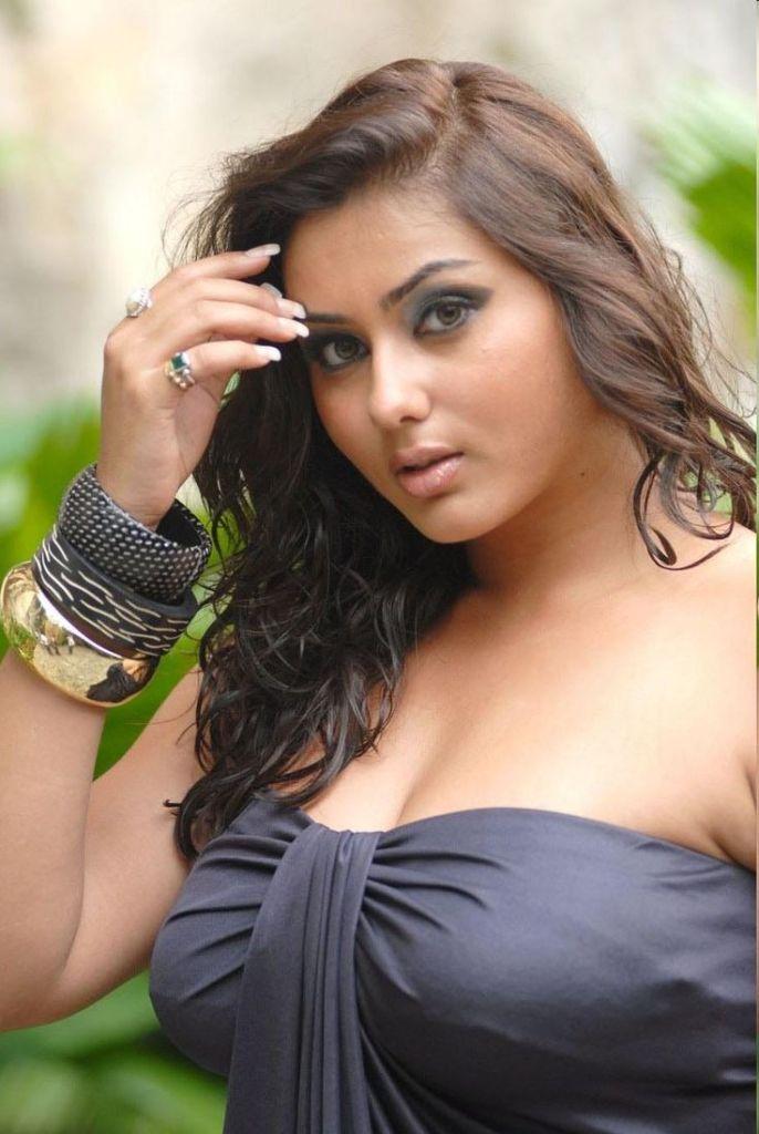 Namitha Kapoor Wiki, Age, Biography, Movies, and Stunning Photos 104