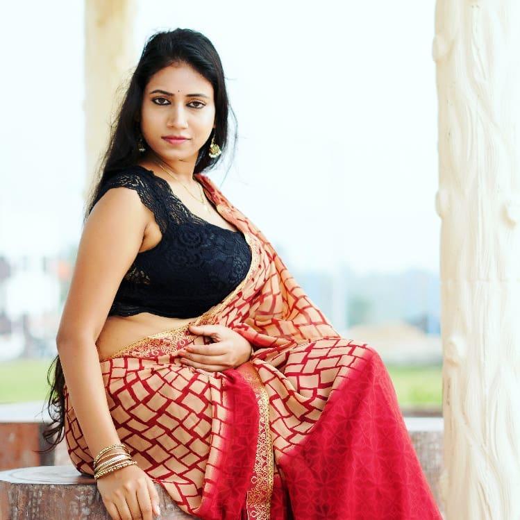 Instagram & YouTube Sensation Nandini Nayek Wiki, Age, Biography and Glamorous Photos 119