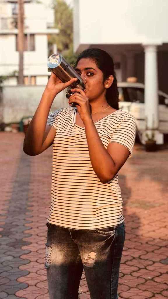Nimisha Sajayan Wiki, Age, Biography, Movies, and Beautiful Photos 108