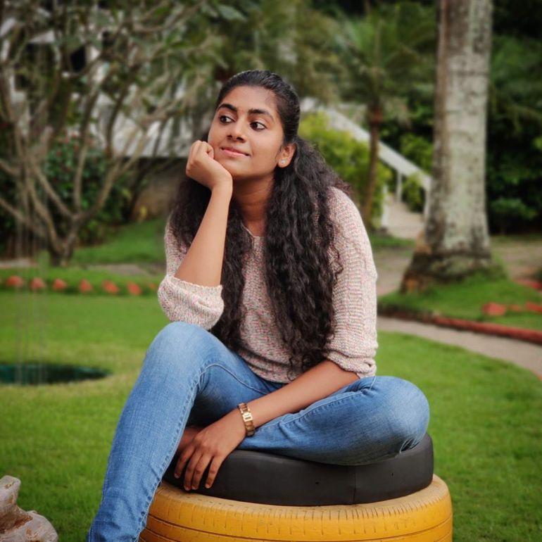 Nimisha Sajayan Wiki, Age, Biography, Movies, and Beautiful Photos 122