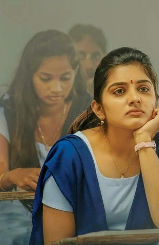 Which Indian actresses look Glamorous in school uniform? 123