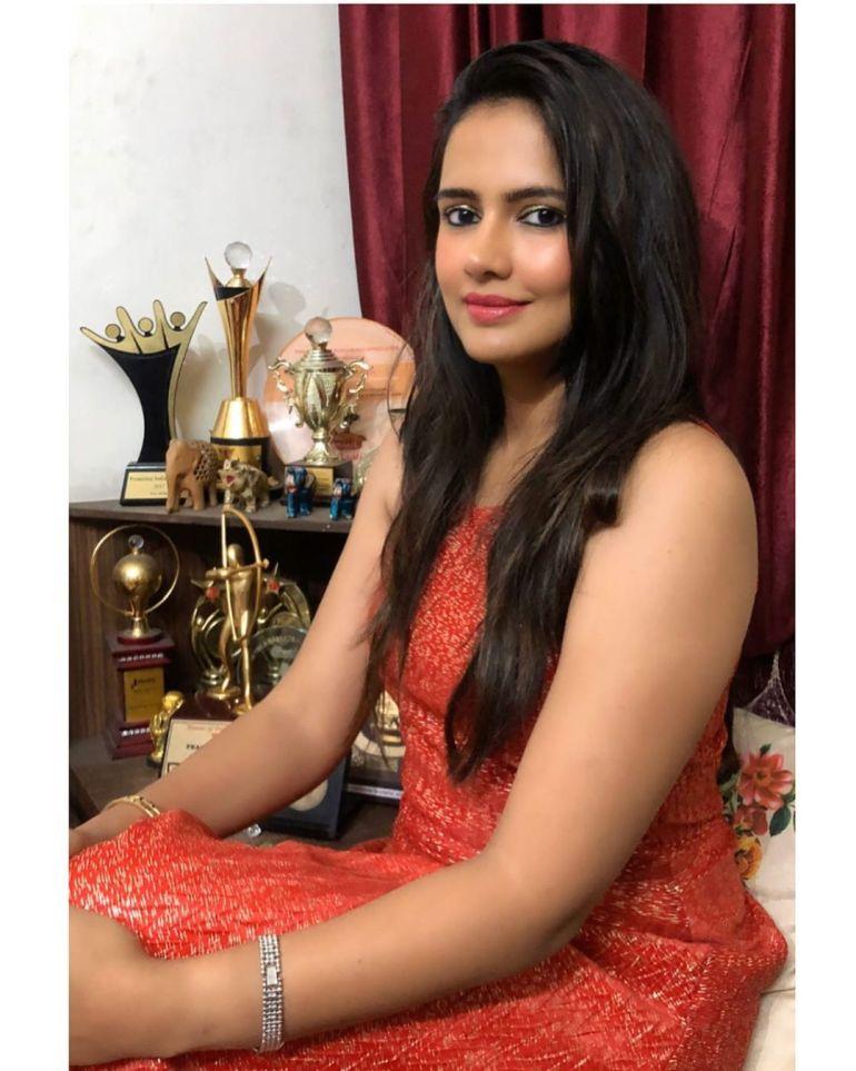 Pratima Singh Wiki, Age, Biography, Family, Career, and Beautiful Photos 110