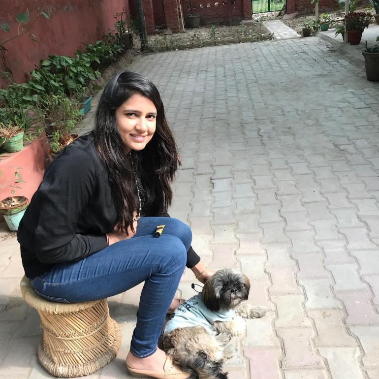 Pratima Singh Wiki, Age, Biography, Family, Career, and Beautiful Photos 103