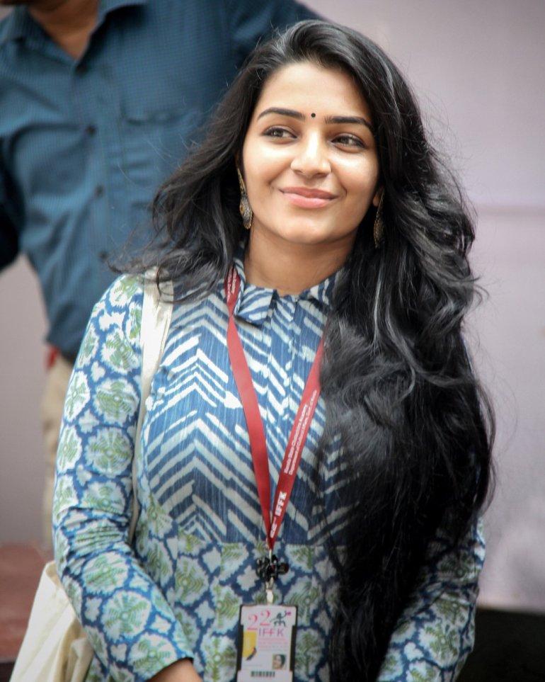 Rajisha Vijayan Wiki, Age, Biography, Movies, and Charming Photos 115