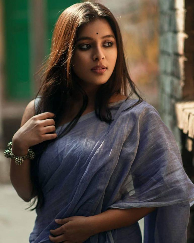 Bengali Model Rosi Das Wiki, Age, Biography, Movies, and Beautiful Photos 112