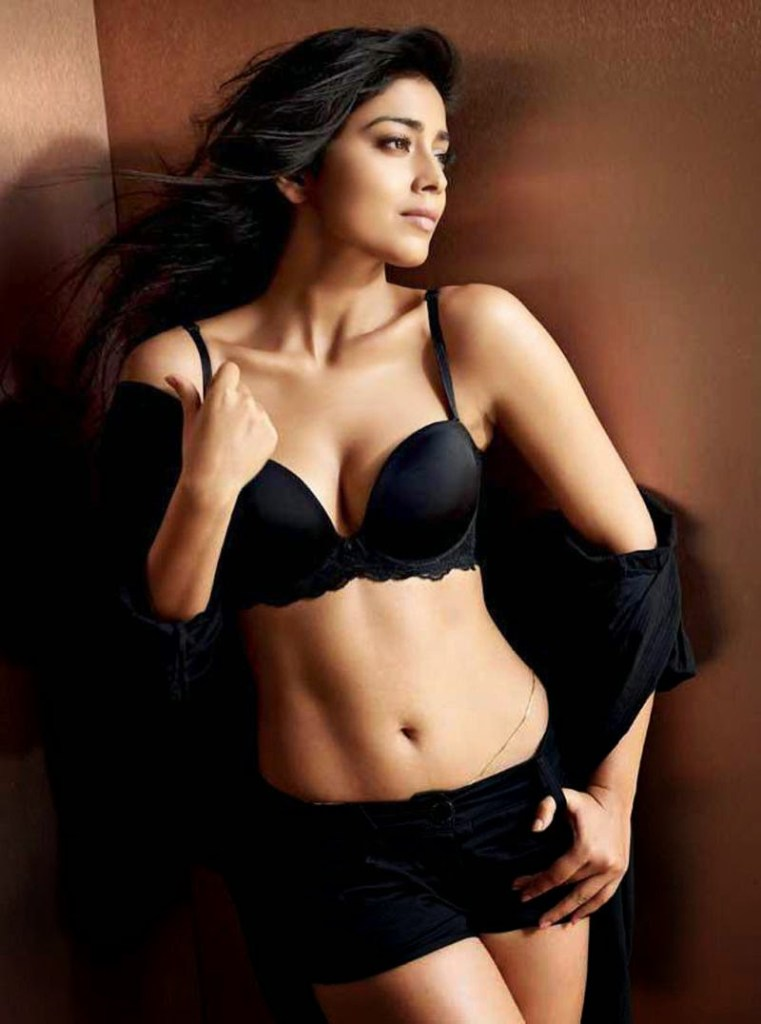 Shriya Saran Wiki, Age, Biography, Movies, and Beautiful Photos 117