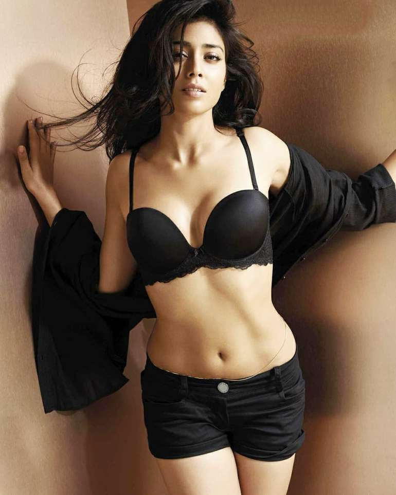 Shriya Saran Wiki, Age, Biography, Movies, and Beautiful Photos 107