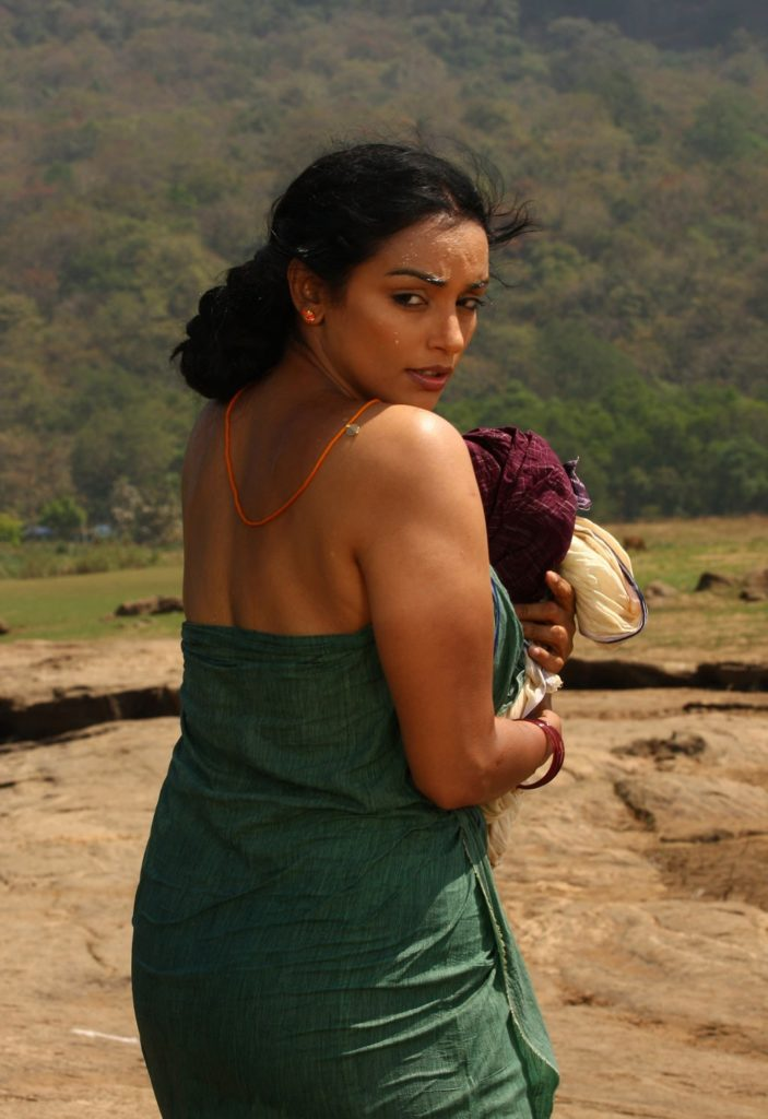 Swetha Menon Wiki, Age, Biography, Movies, and Stunning Photos 134