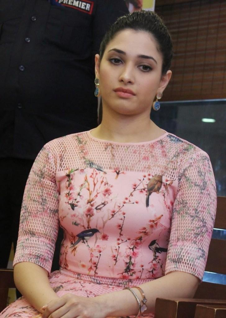 Tamanna Bhatia Wiki, Age, Biography, Movies, and Beautiful Photos 128