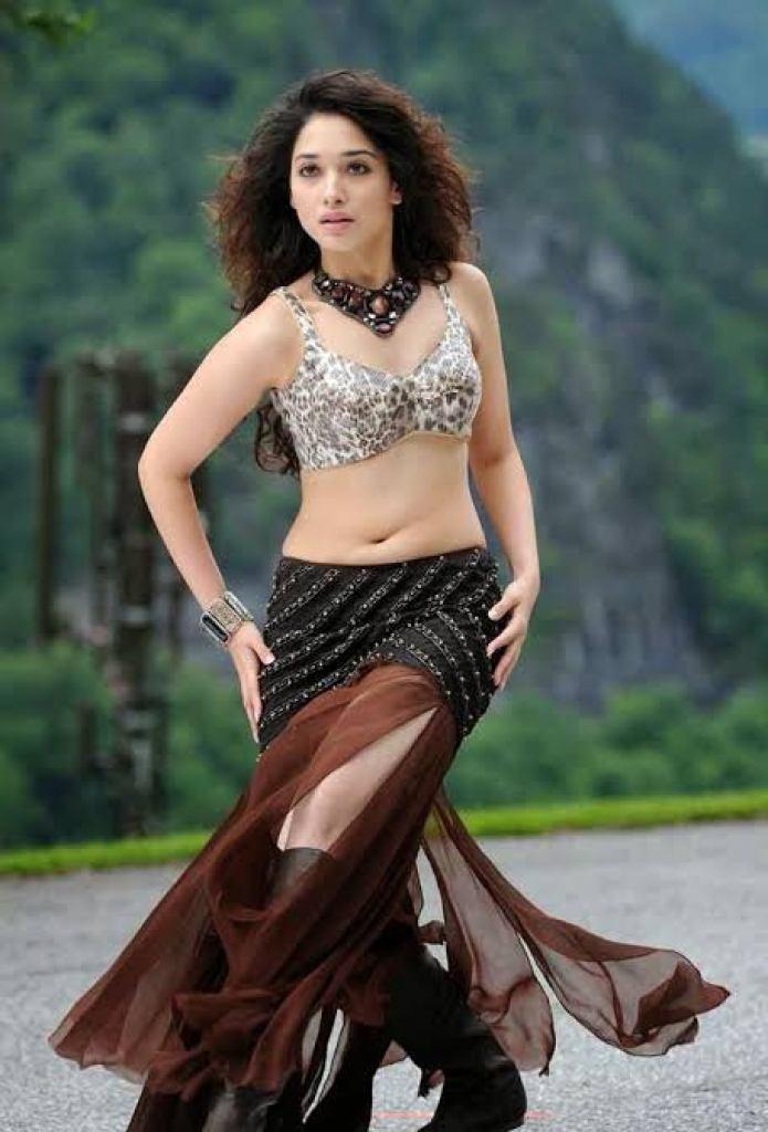 Tamanna Bhatia Wiki, Age, Biography, Movies, and Beautiful Photos 133