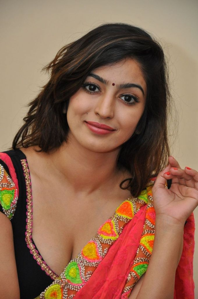 Vaibhavi Joshi Wiki, Age, Biography, Movies, and Beautiful Photos 104