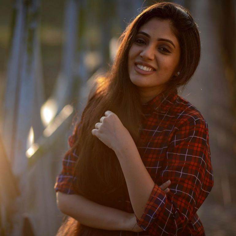 Veena Nandakumar Wiki, Age, Biography, Movies, and glamorous Photos 113