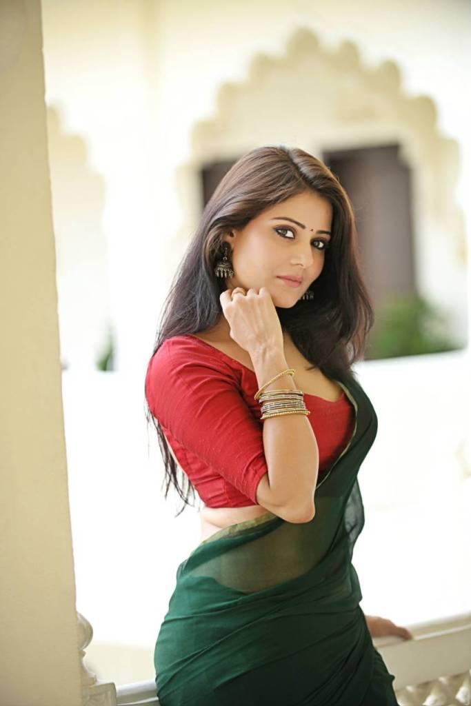 Archana Gupta Wiki, Age, Biography, Movies, and Gorgeous Photos 108