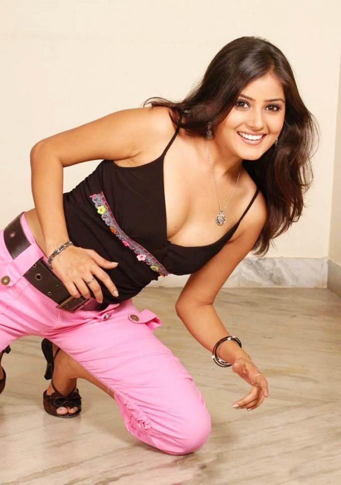 Archana Gupta Wiki, Age, Biography, Movies, and Gorgeous Photos 104