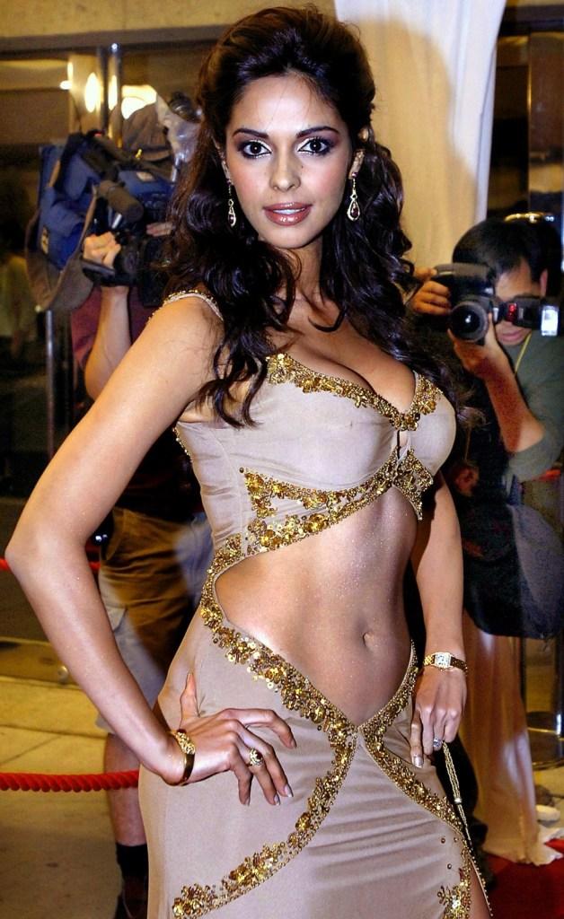 Mallika Sherawat Wiki, Age, Biography, Movies, and Gorgeous Photos 119