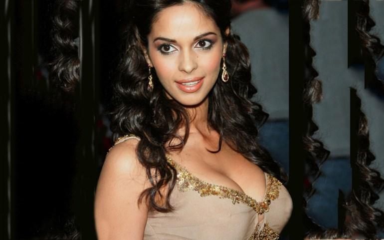 Mallika Sherawat Wiki, Age, Biography, Movies, and Gorgeous Photos 108