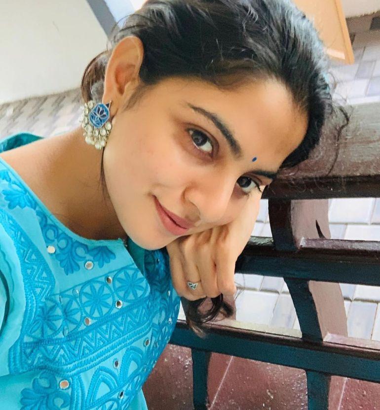 Nikhila Vimal Wiki, Age, Biography, Movies, and Beautiful Photos 118