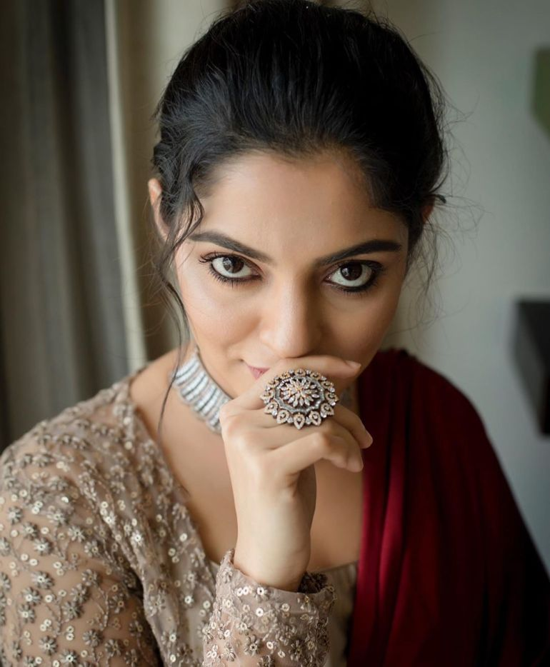 Nikhila Vimal Wiki, Age, Biography, Movies, and Beautiful Photos 119